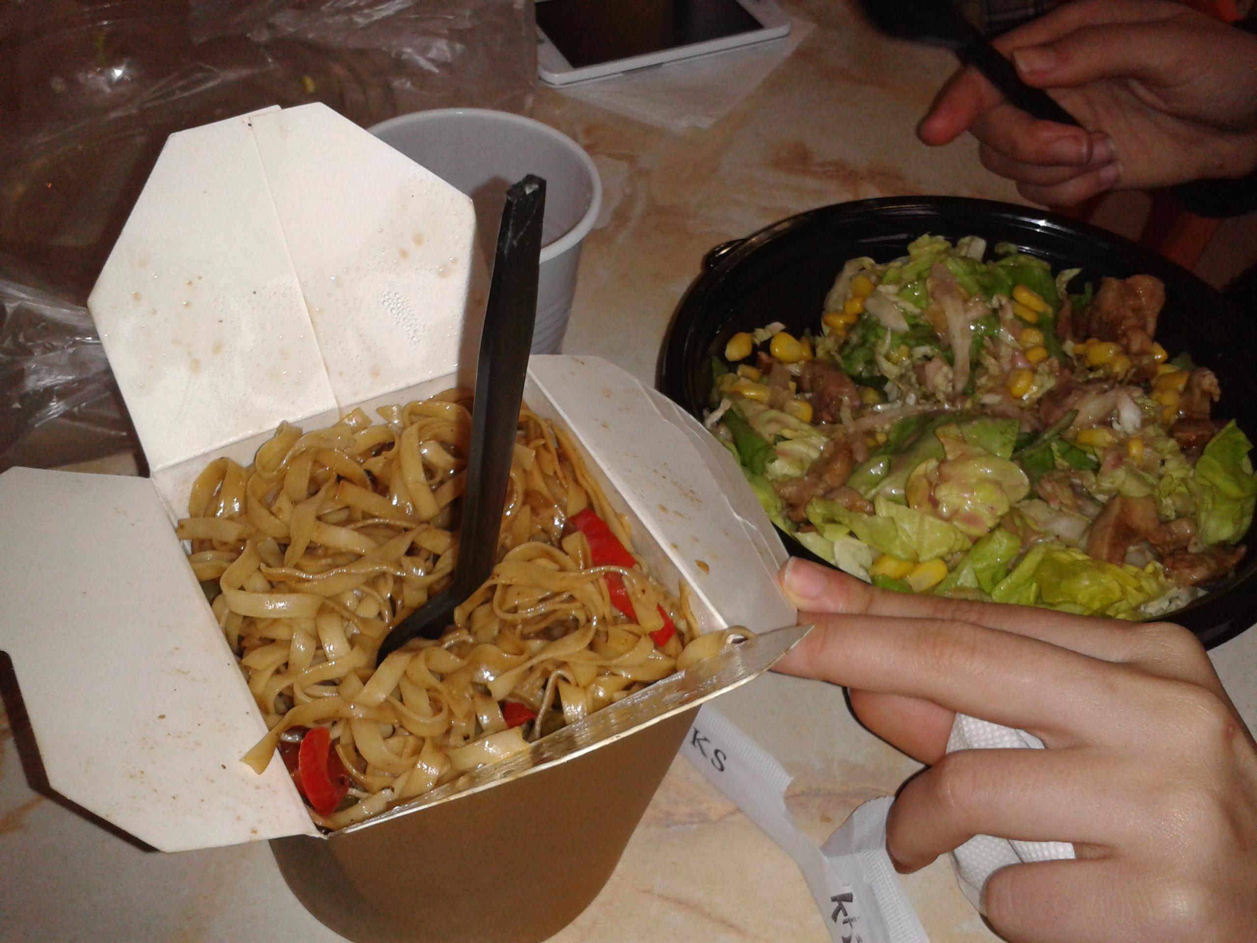 Άκου τι έφαγα στο Microu Lee στα Εξάρχεια